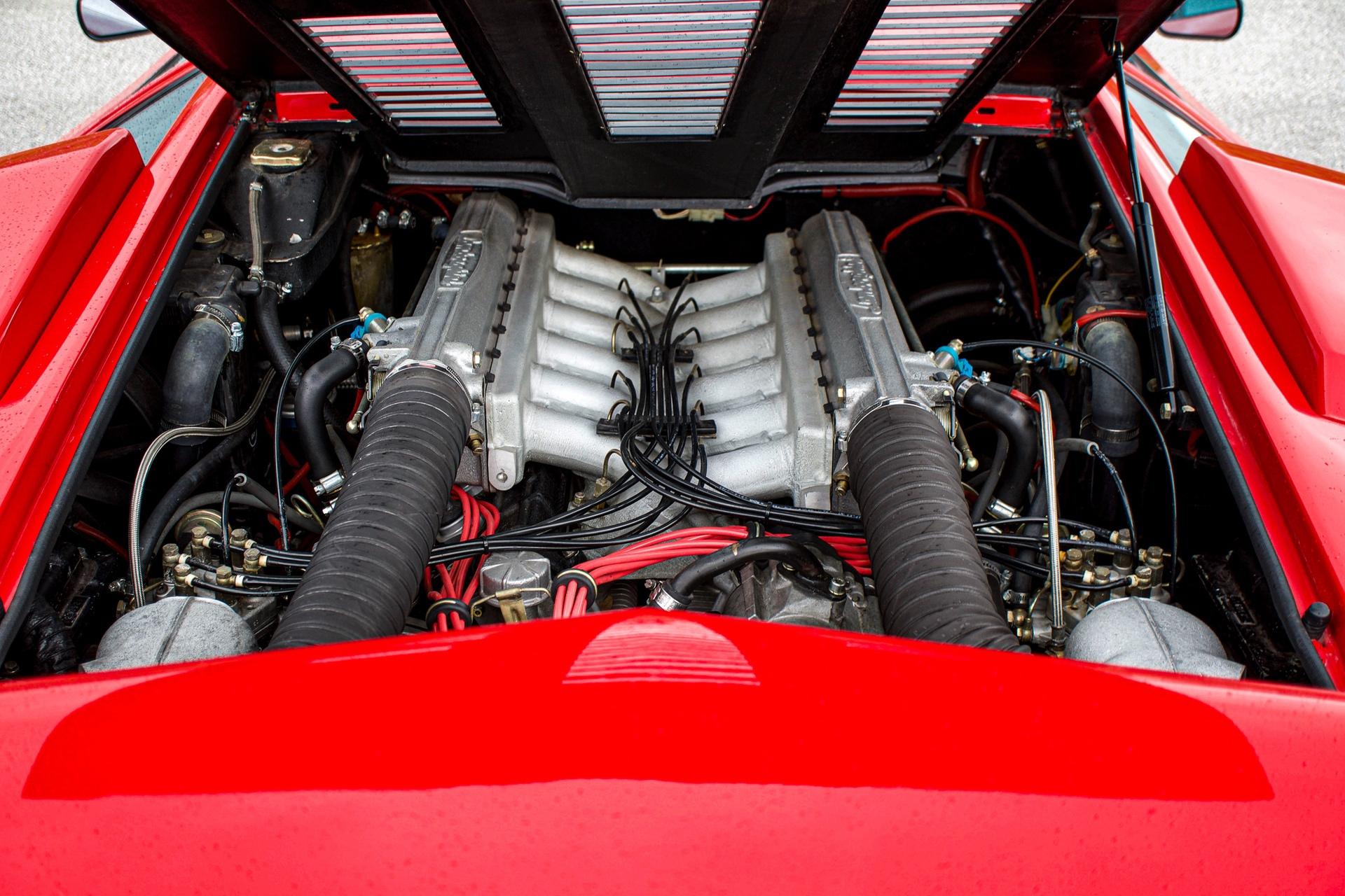 1988_Lamborghini_Countach_5000_QV_0033