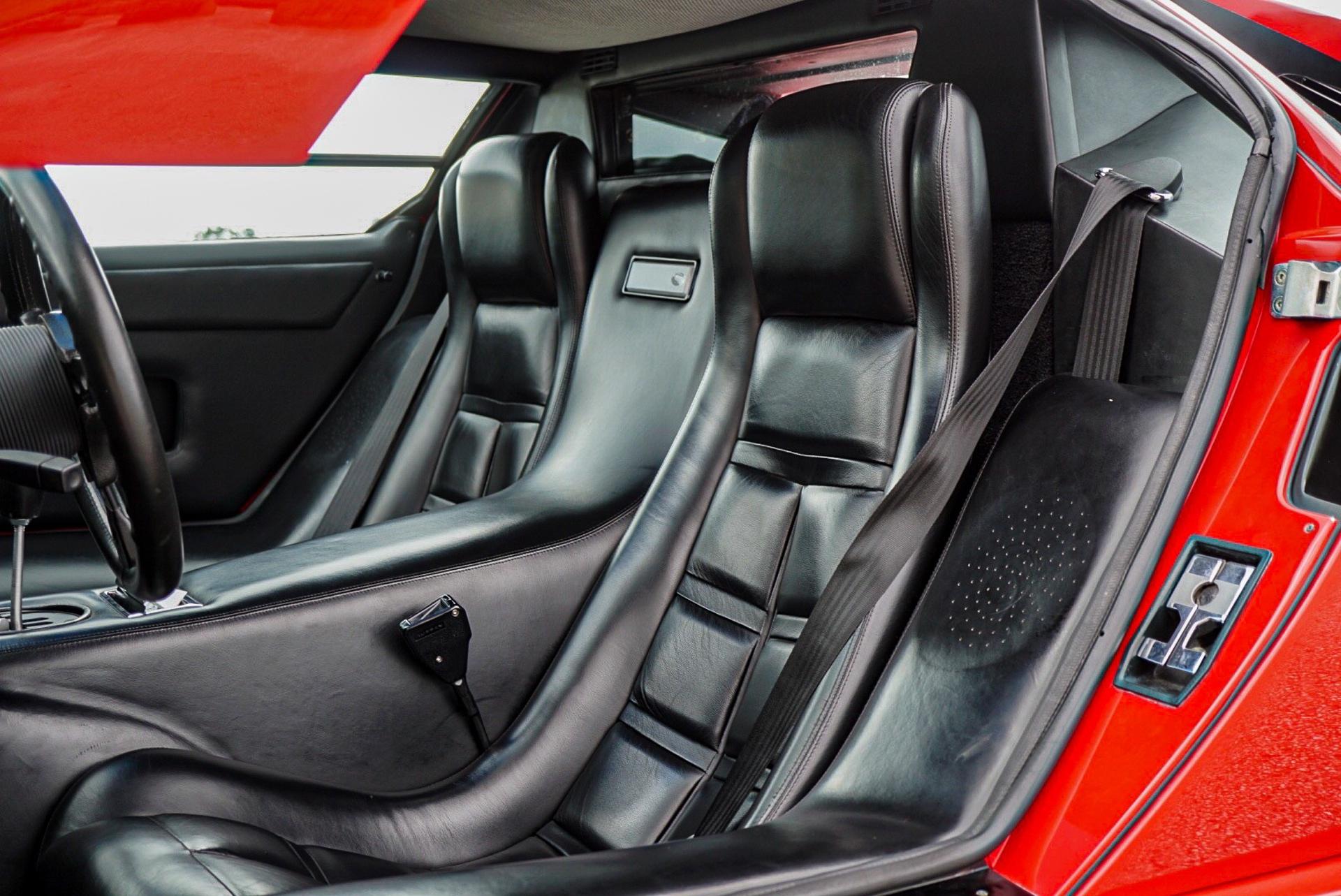 1988_Lamborghini_Countach_5000_QV_0034