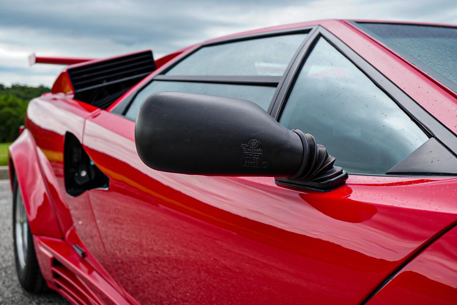 1988_Lamborghini_Countach_5000_QV_0035