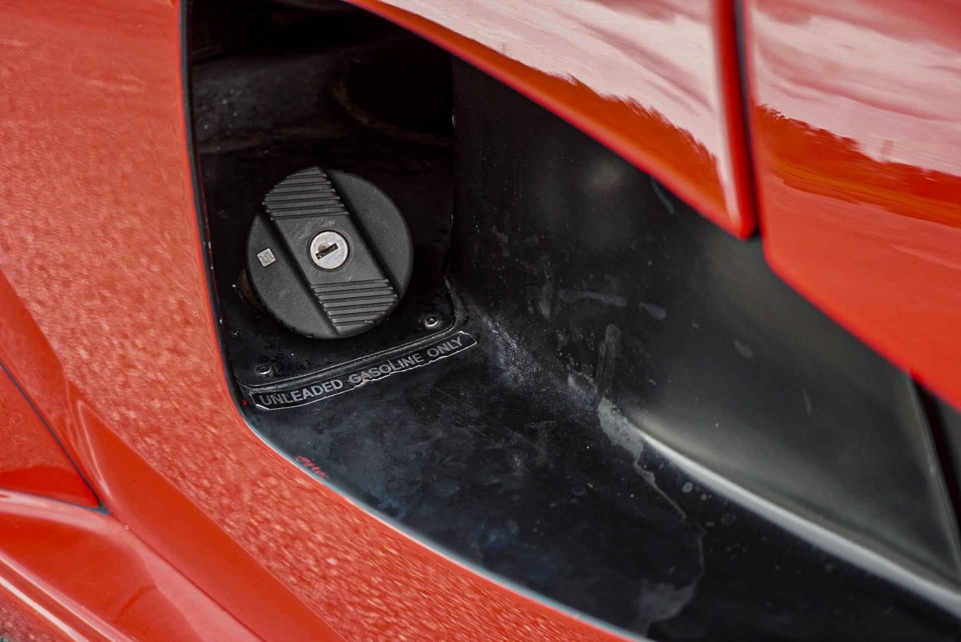 1988_Lamborghini_Countach_5000_QV_0036