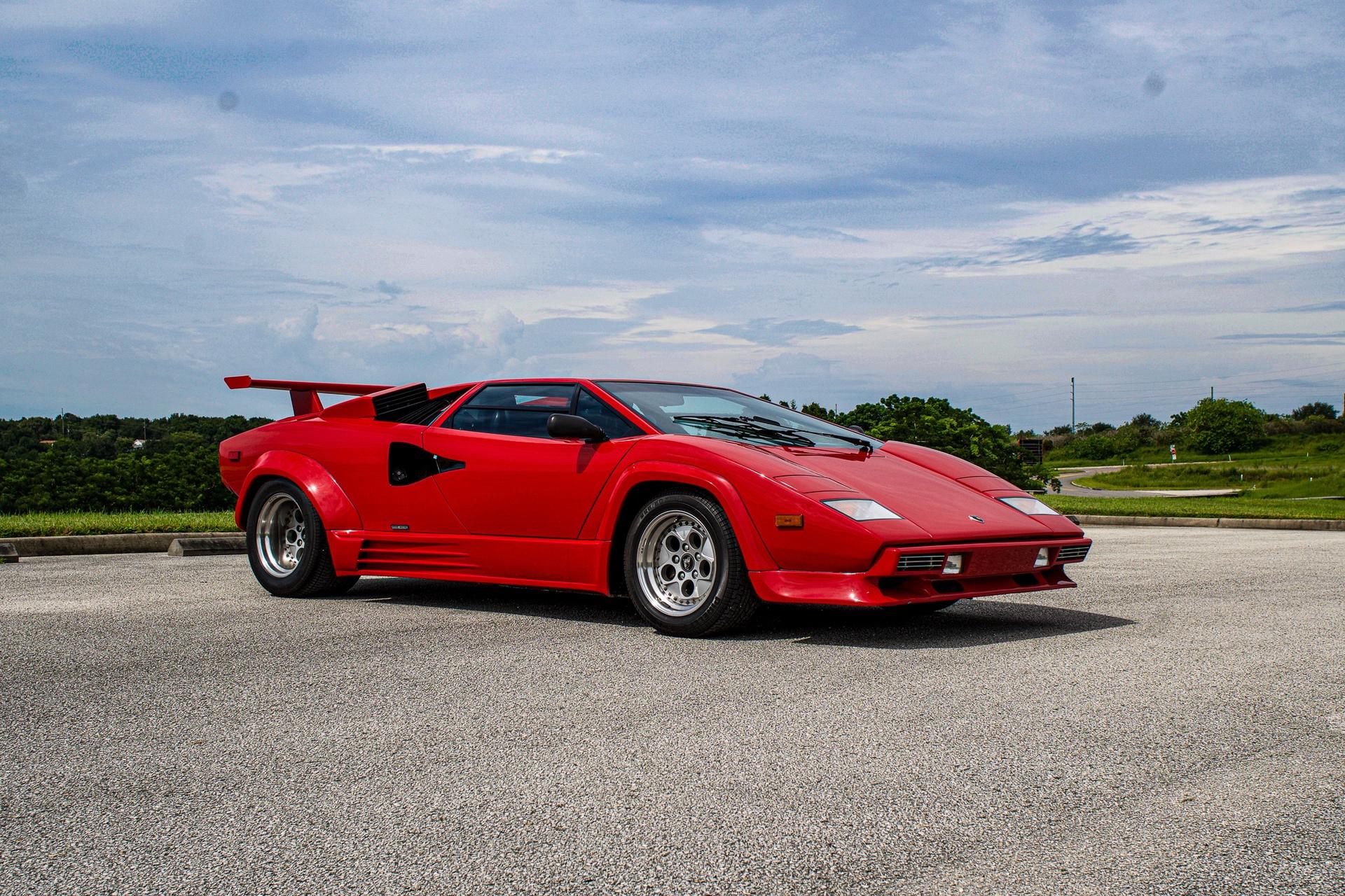 1988_Lamborghini_Countach_5000_QV_0040