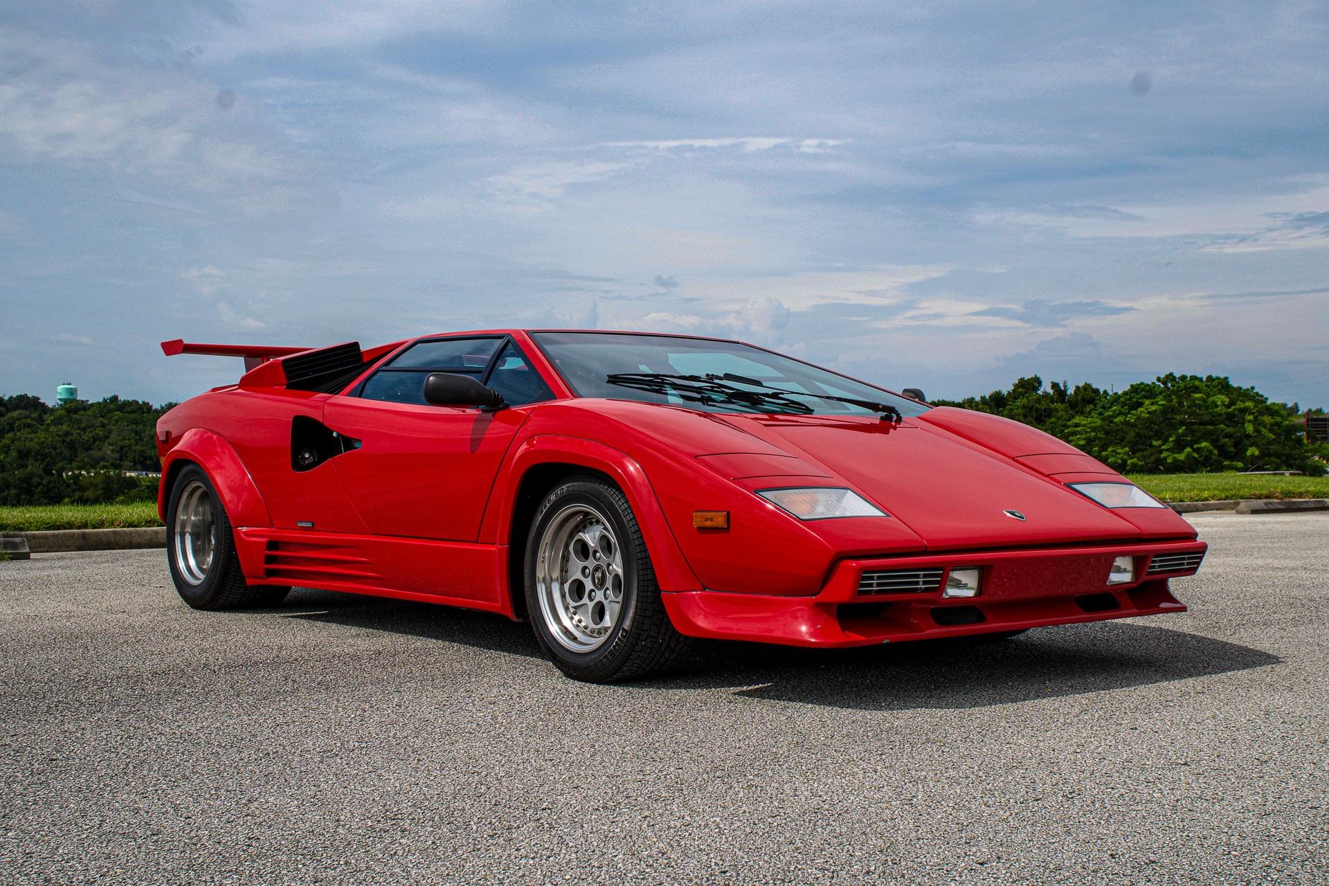 1988_Lamborghini_Countach_5000_QV_0041