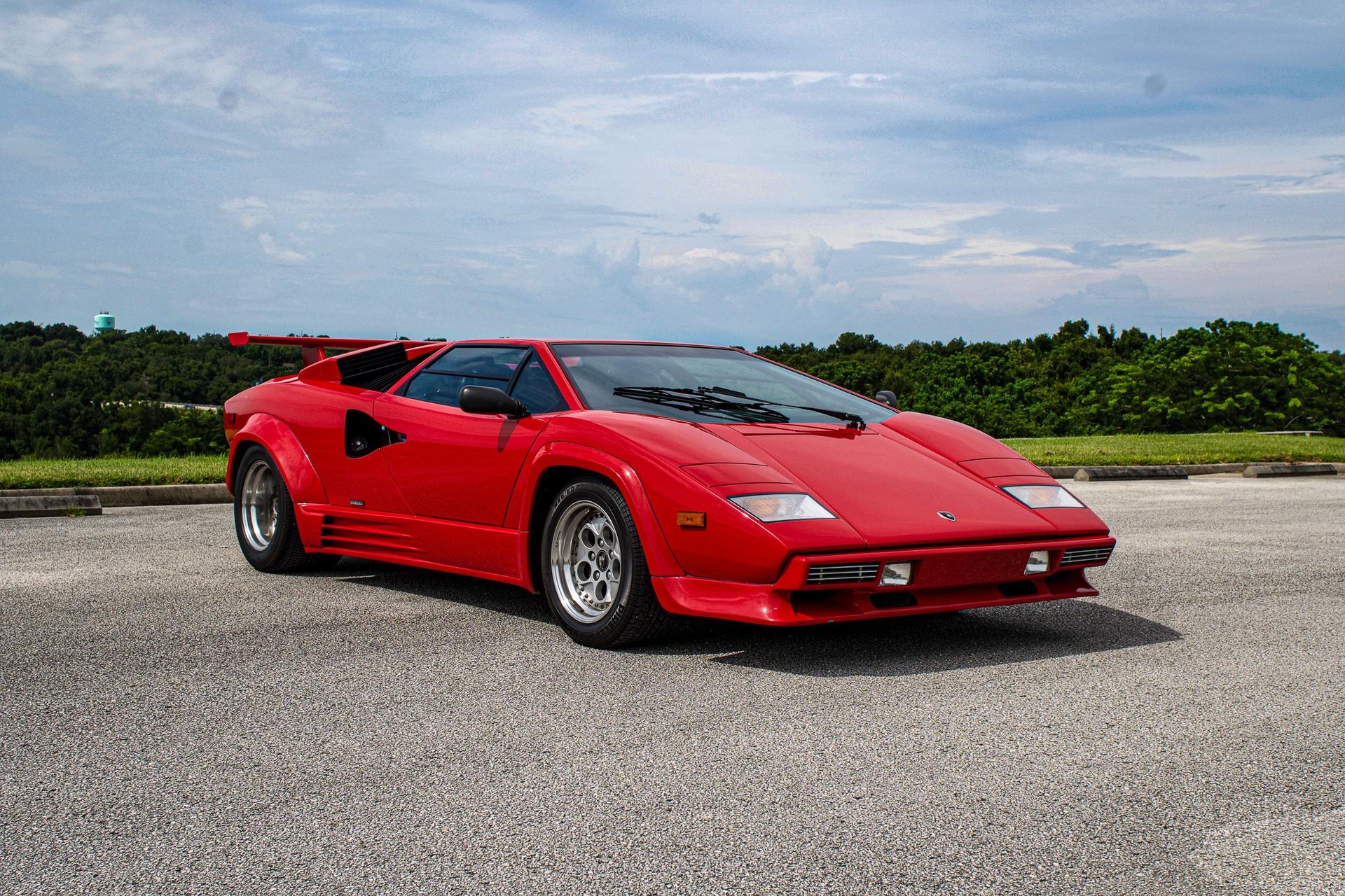 1988_Lamborghini_Countach_5000_QV_0048