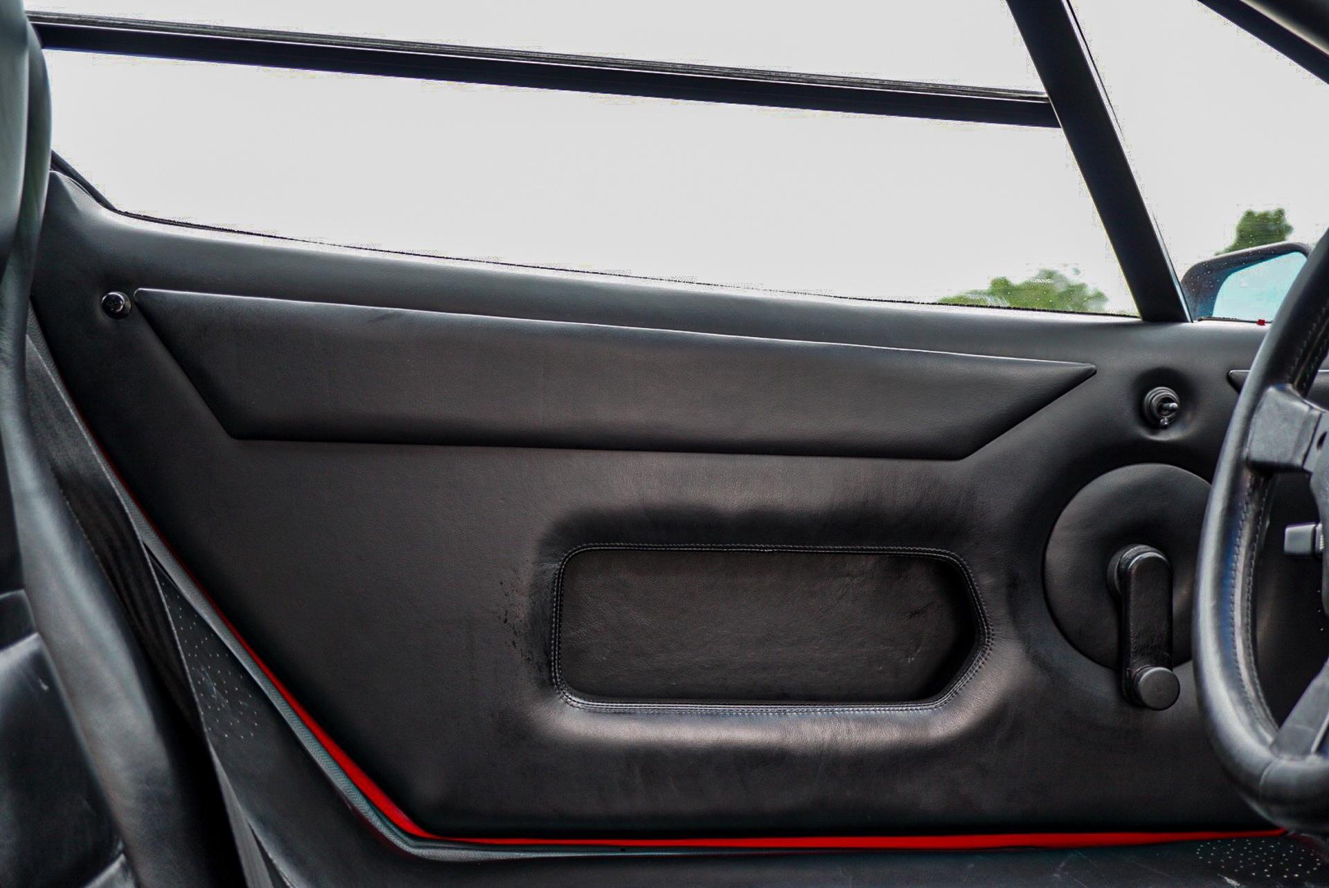 1988_Lamborghini_Countach_5000_QV_0049