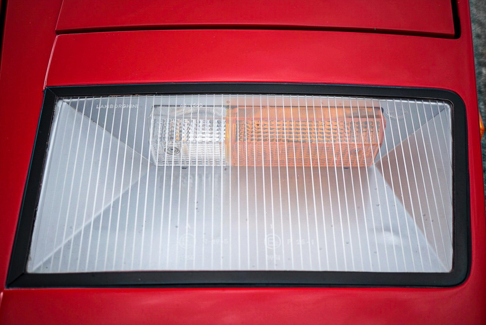1988_Lamborghini_Countach_5000_QV_0050