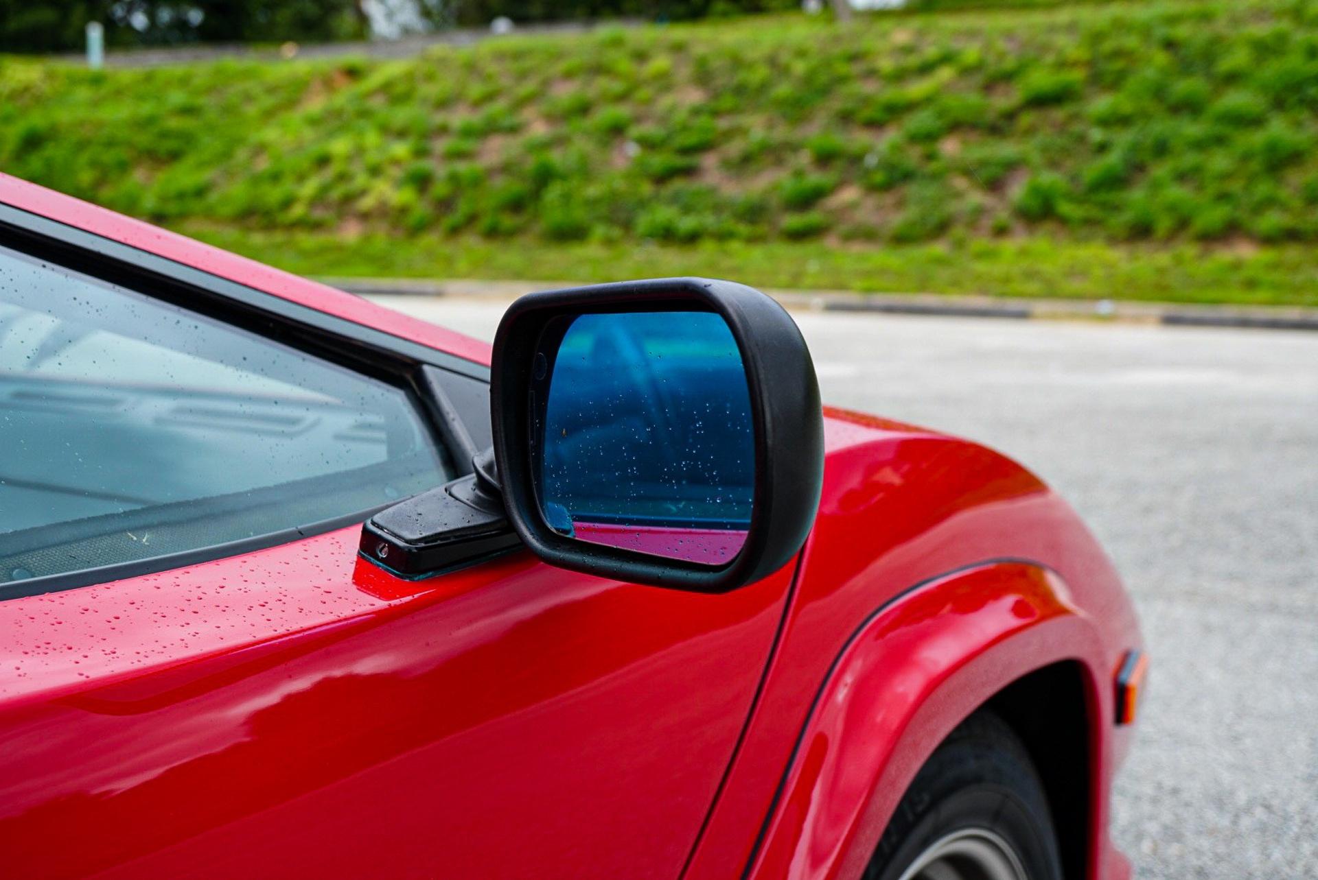 1988_Lamborghini_Countach_5000_QV_0052