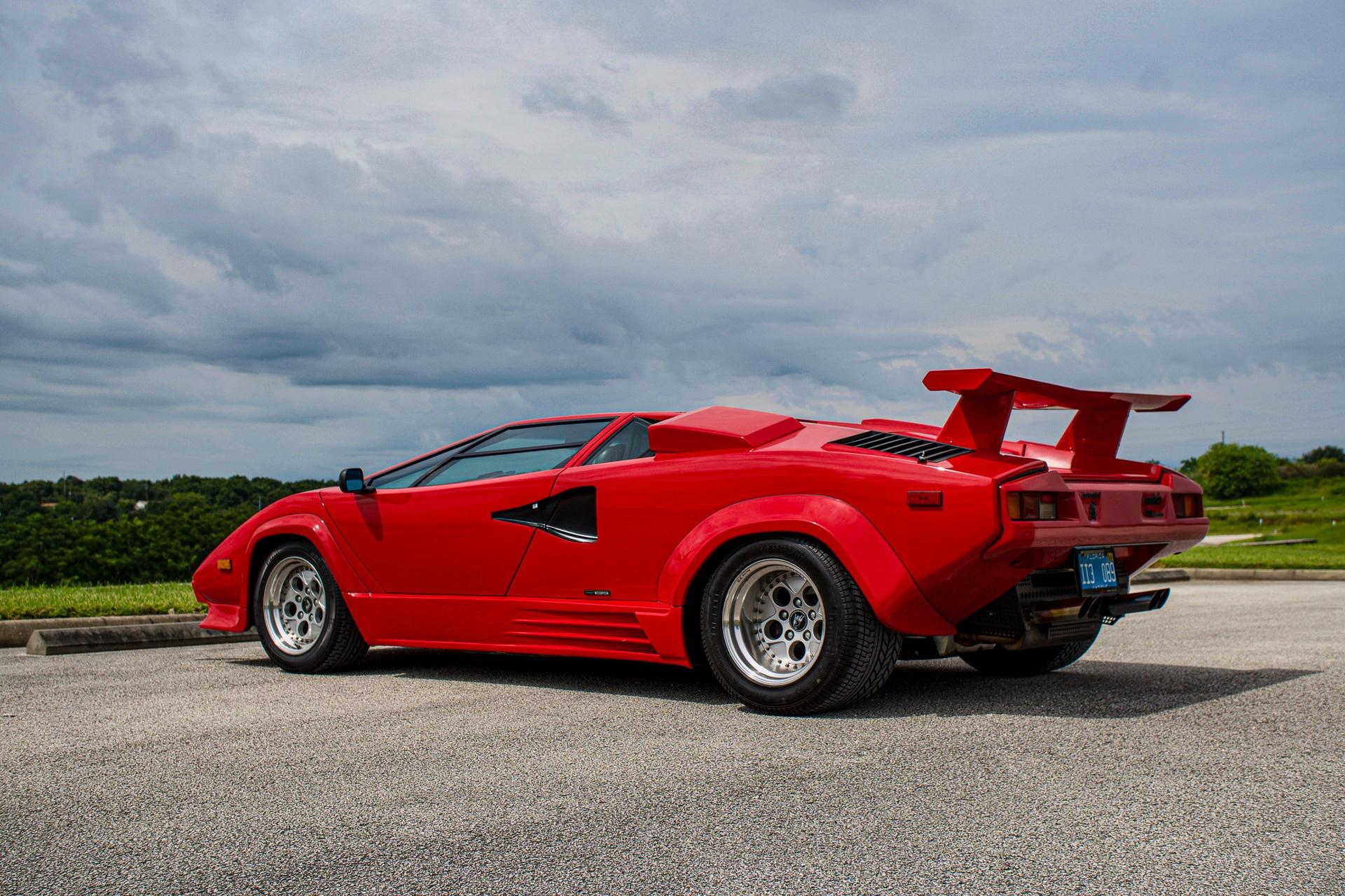 1988_Lamborghini_Countach_5000_QV_0053