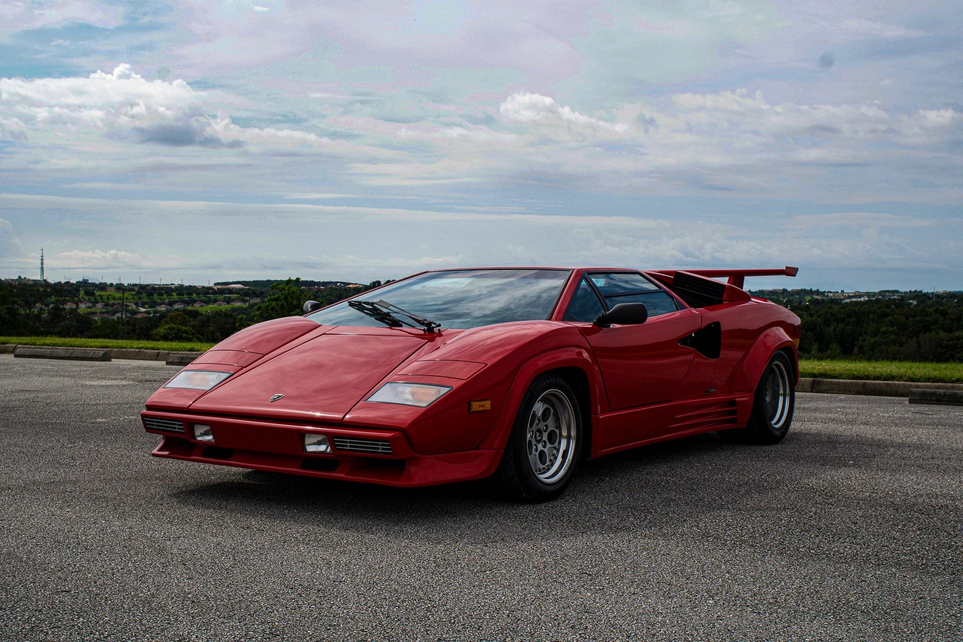 1988_Lamborghini_Countach_5000_QV_0054
