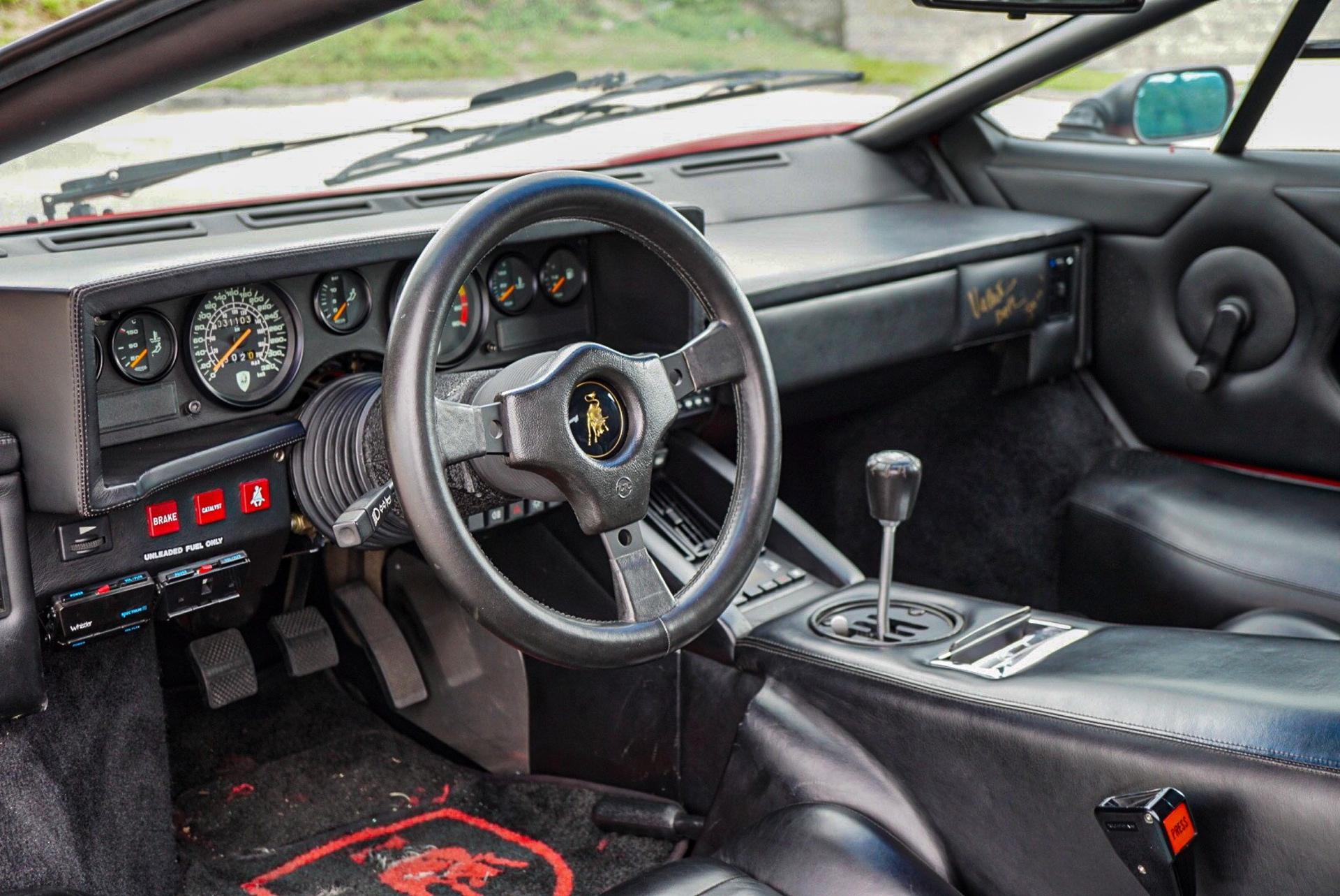 1988_Lamborghini_Countach_5000_QV_0056