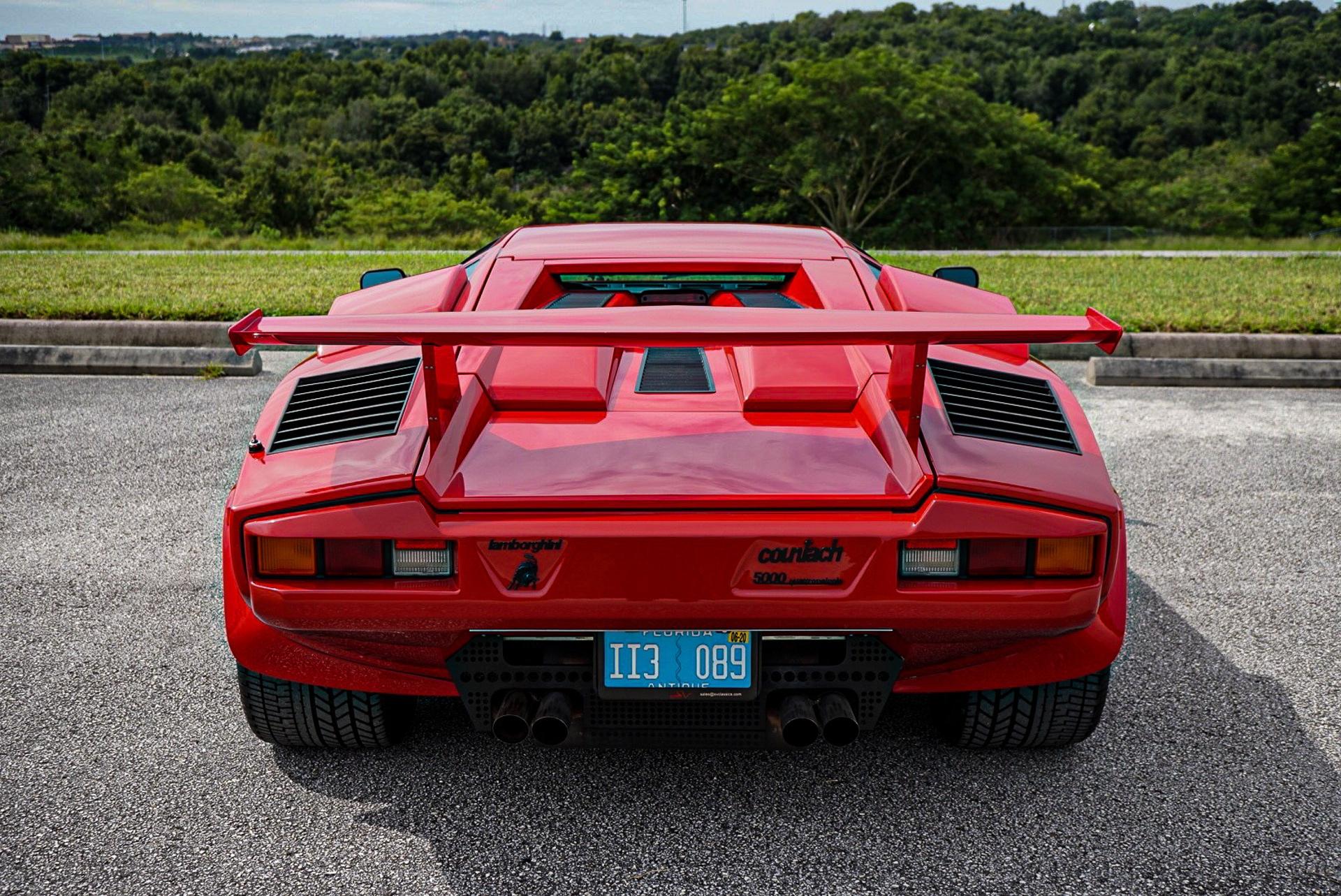 1988_Lamborghini_Countach_5000_QV_0059
