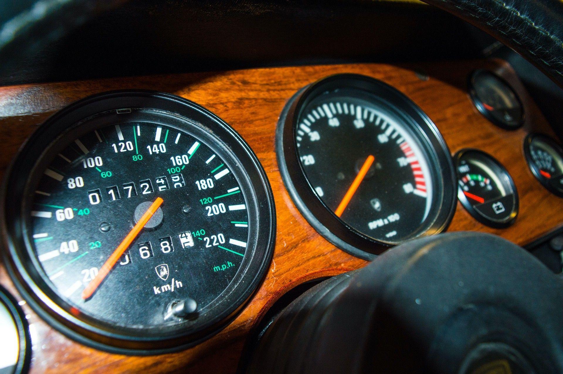 1988_Lamborghini_LM002_0038