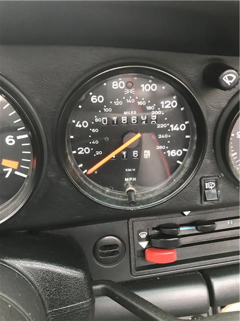 1988_Porsche_911_SlantNose_0006