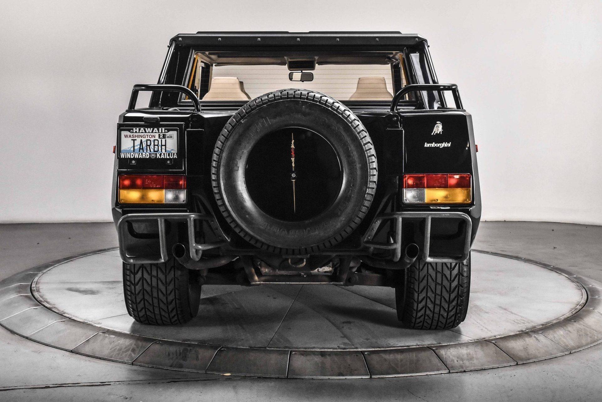 1989_Lamborghini_LM002_sale_0046