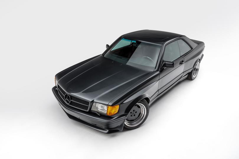 1989_Mercedes-Benz_560_SEC_AMG_Widebody_0002