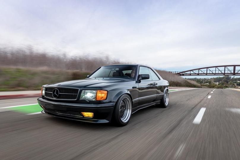 1989_Mercedes-Benz_560_SEC_AMG_Widebody_0004
