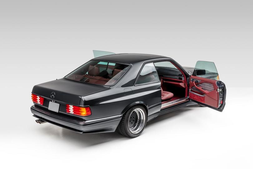 1989_Mercedes-Benz_560_SEC_AMG_Widebody_0006