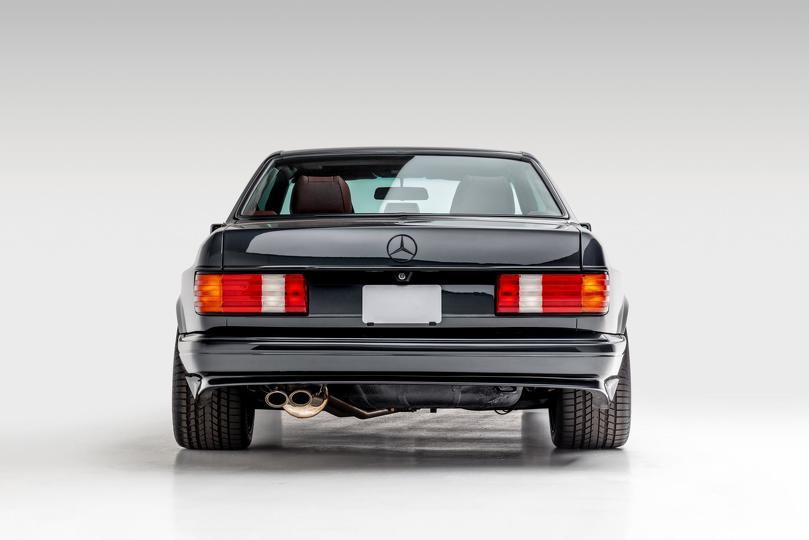 1989_Mercedes-Benz_560_SEC_AMG_Widebody_0009