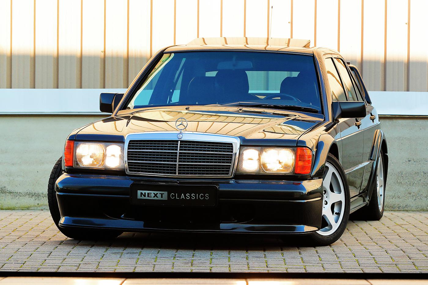1990_Mercedes-Benz_190E_2.5-16_Evolution_II_0003
