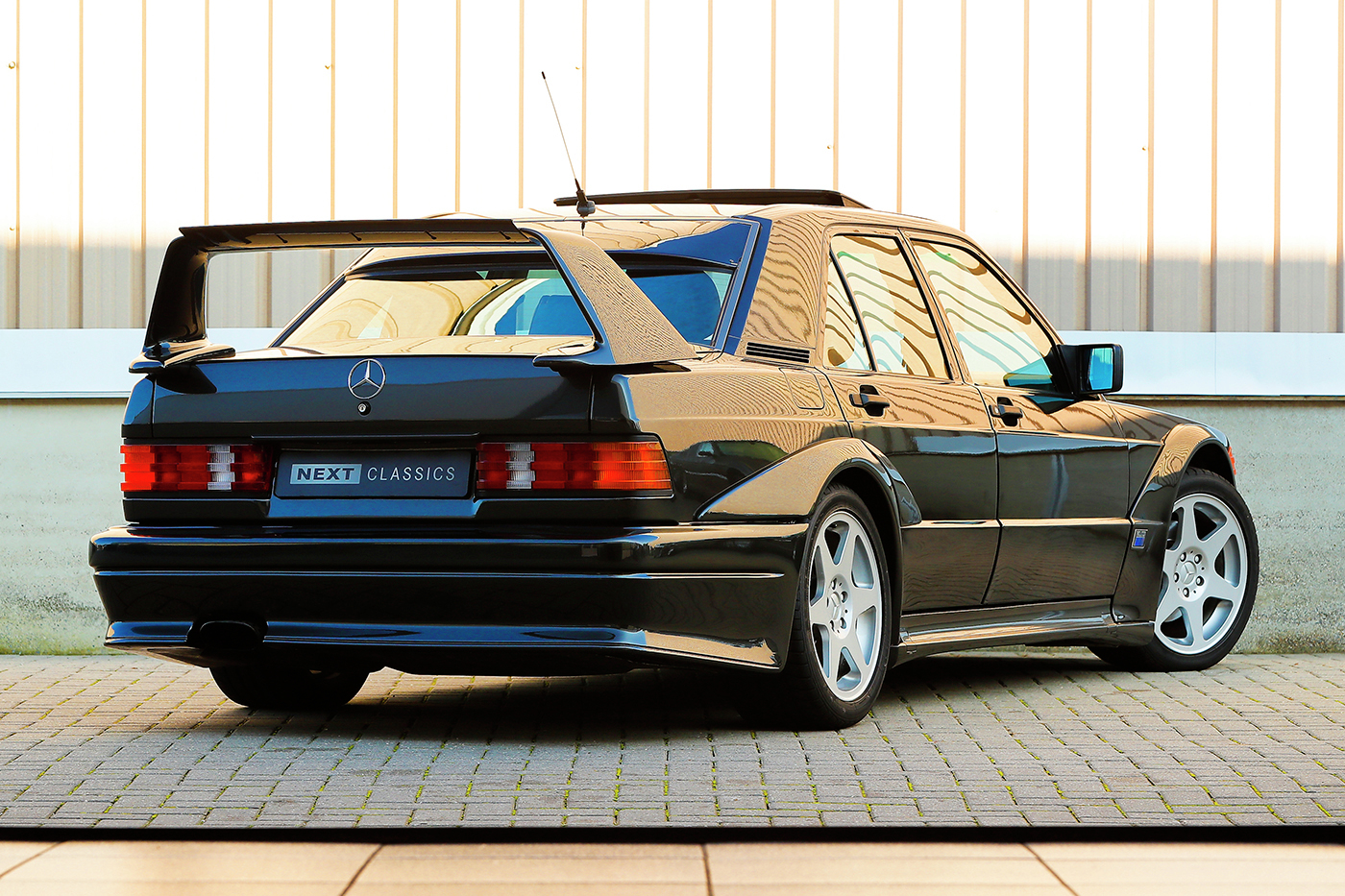1990_Mercedes-Benz_190E_2.5-16_Evolution_II_0009