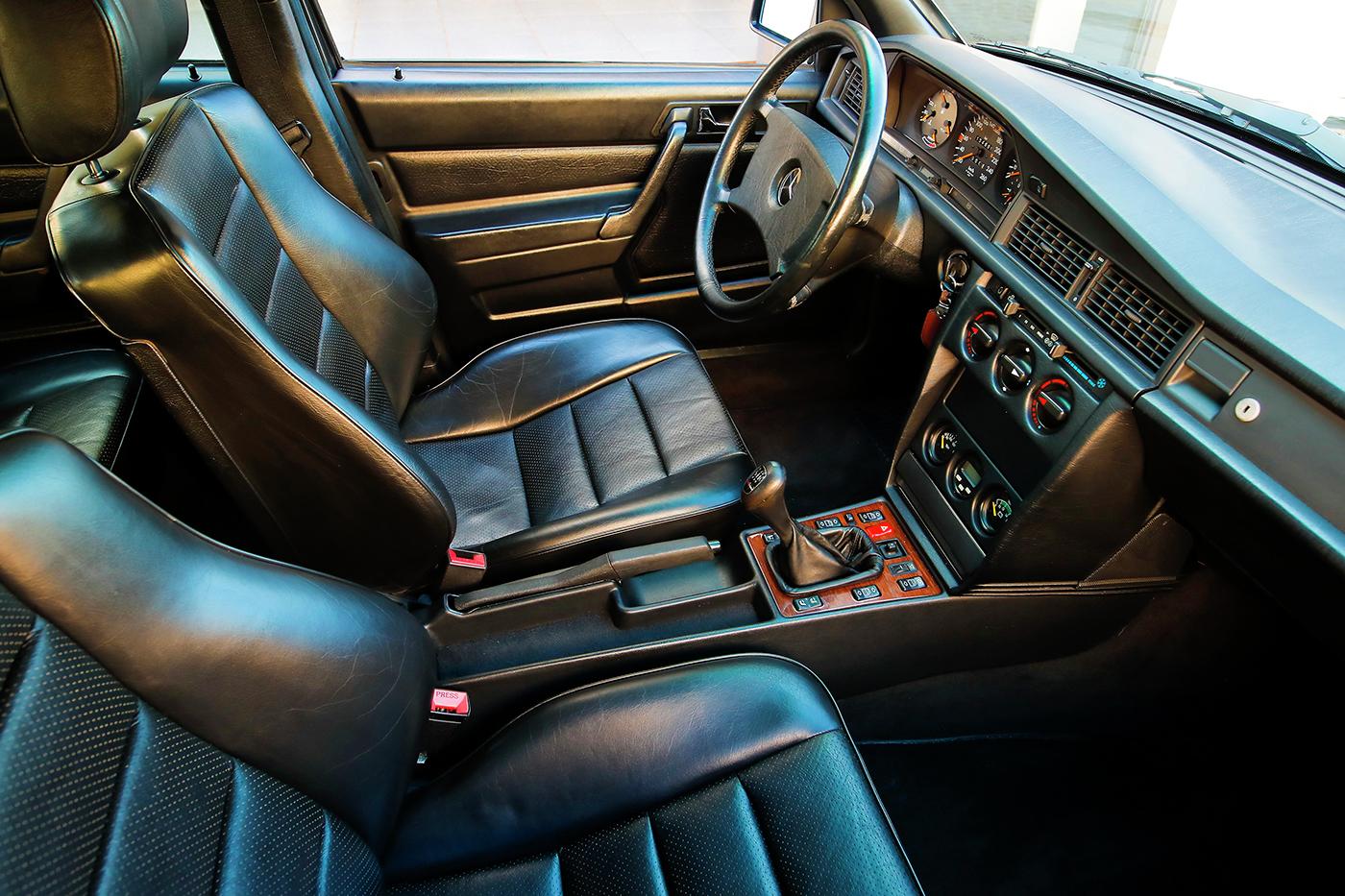 1990_Mercedes-Benz_190E_2.5-16_Evolution_II_0021