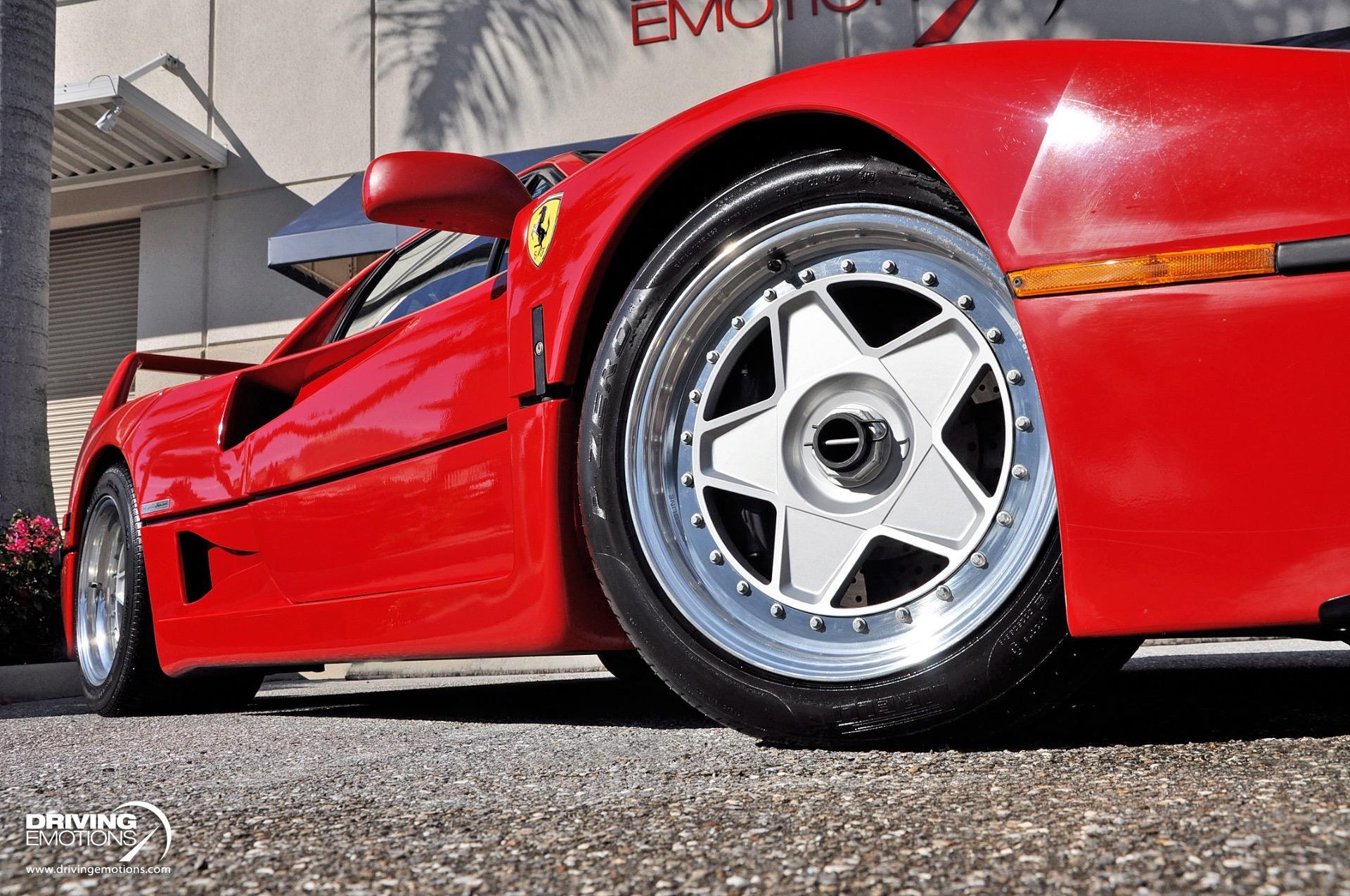 1992_Ferrari-F40_sale_0009