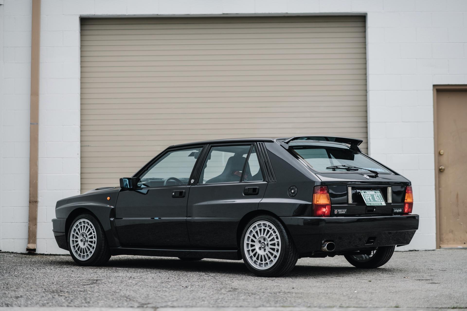 1992-Lancia-Delta-HF-Integrale-Evoluzione-_1