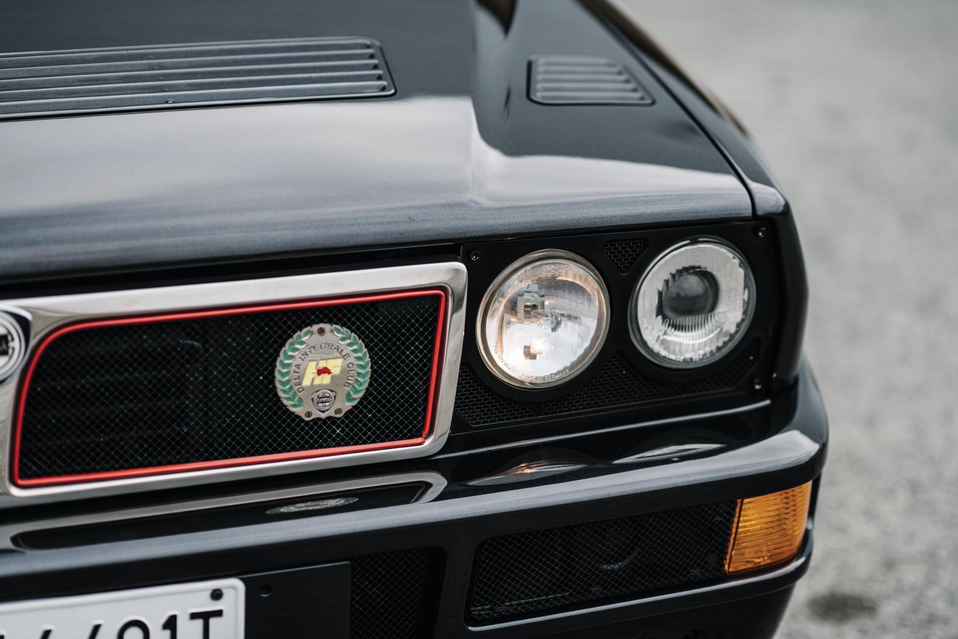1992-Lancia-Delta-HF-Integrale-Evoluzione-_12
