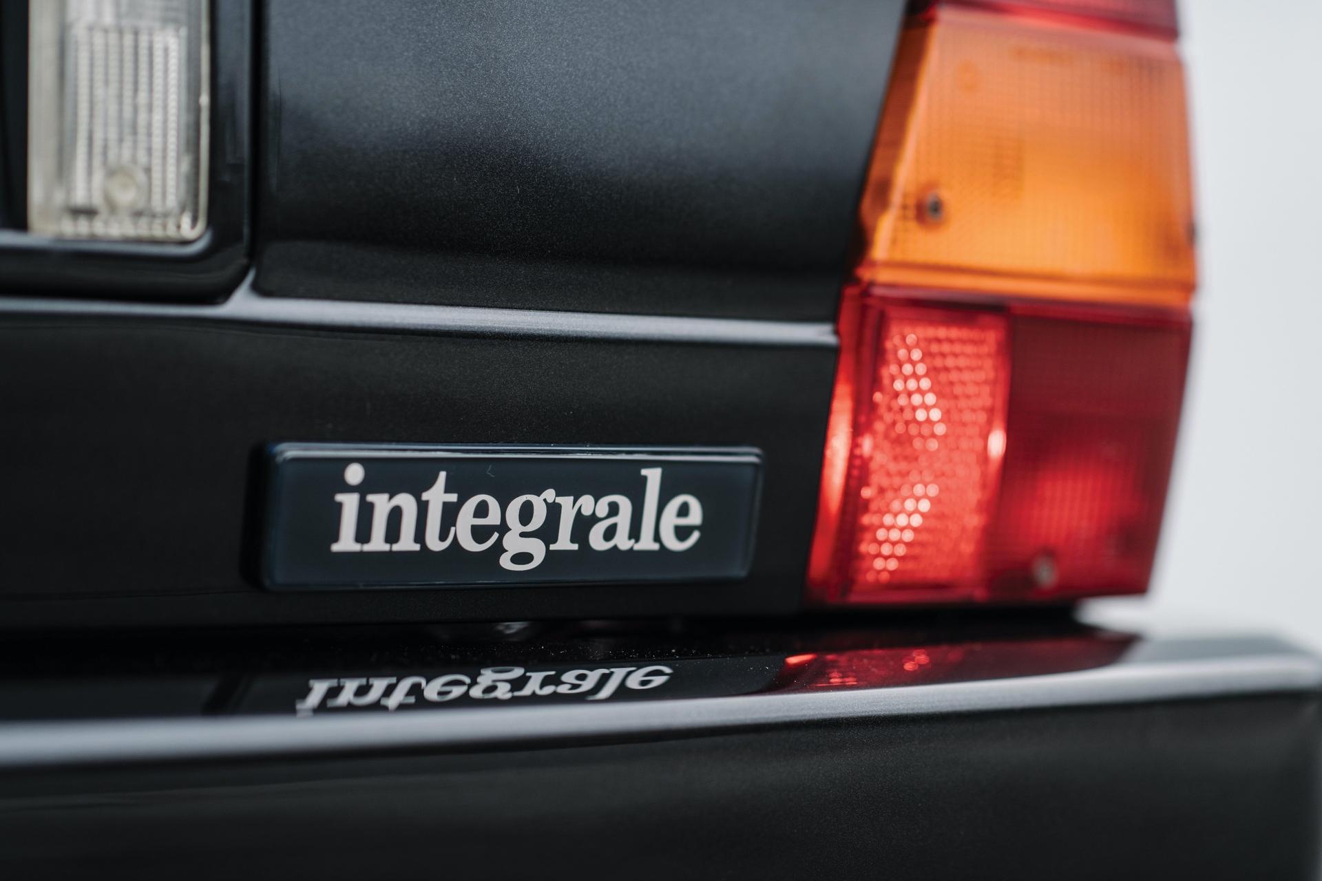 1992-Lancia-Delta-HF-Integrale-Evoluzione-_16