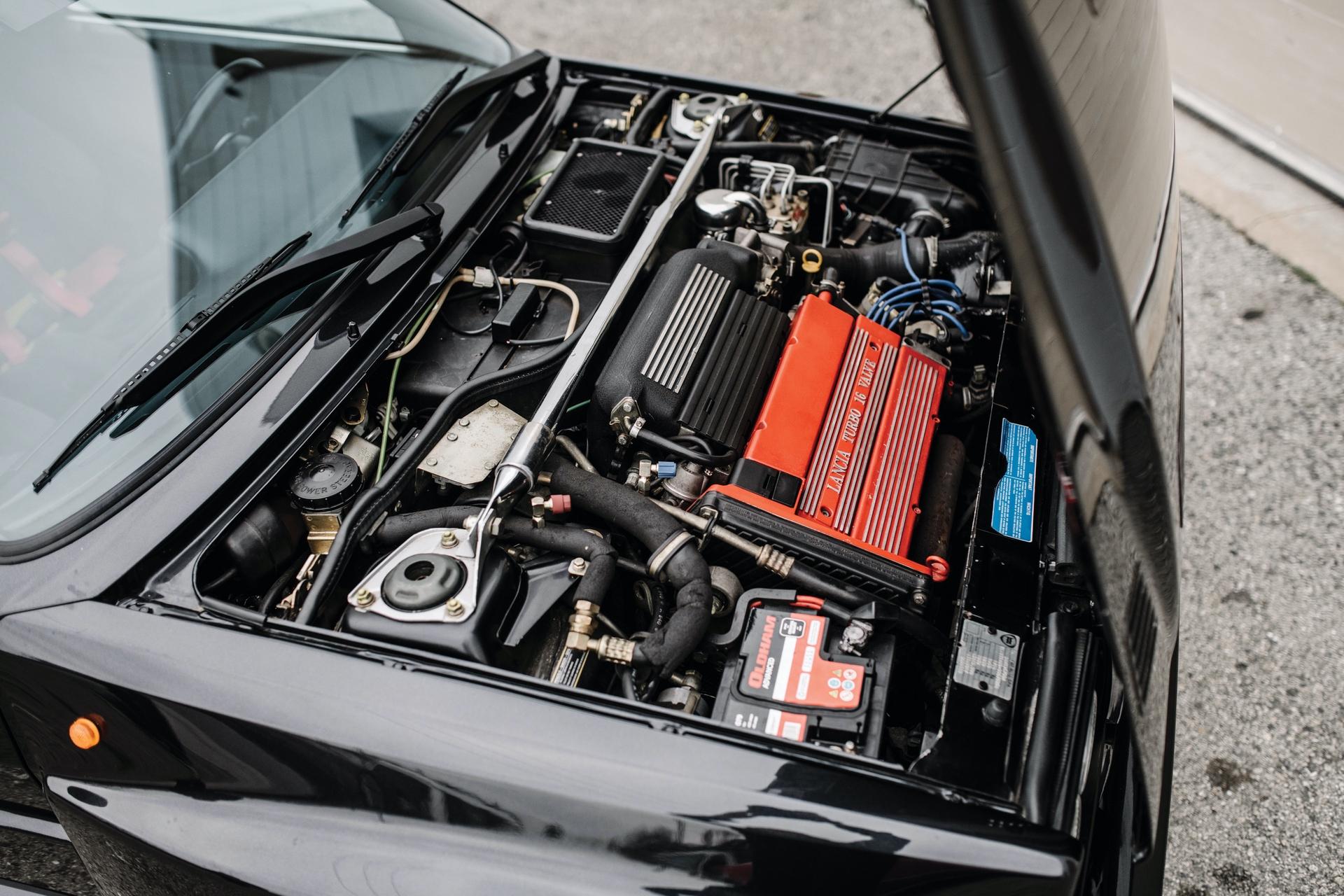 1992-Lancia-Delta-HF-Integrale-Evoluzione-_2