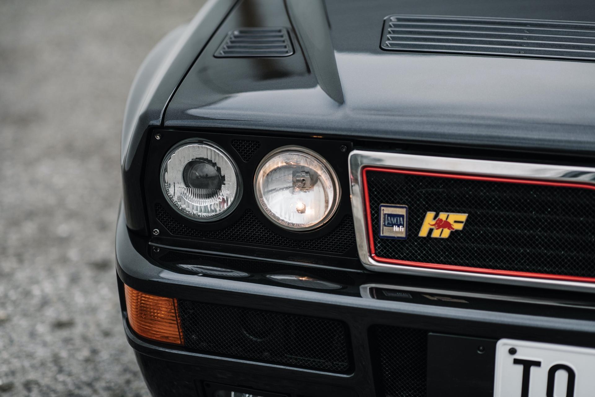 1992-Lancia-Delta-HF-Integrale-Evoluzione-_8