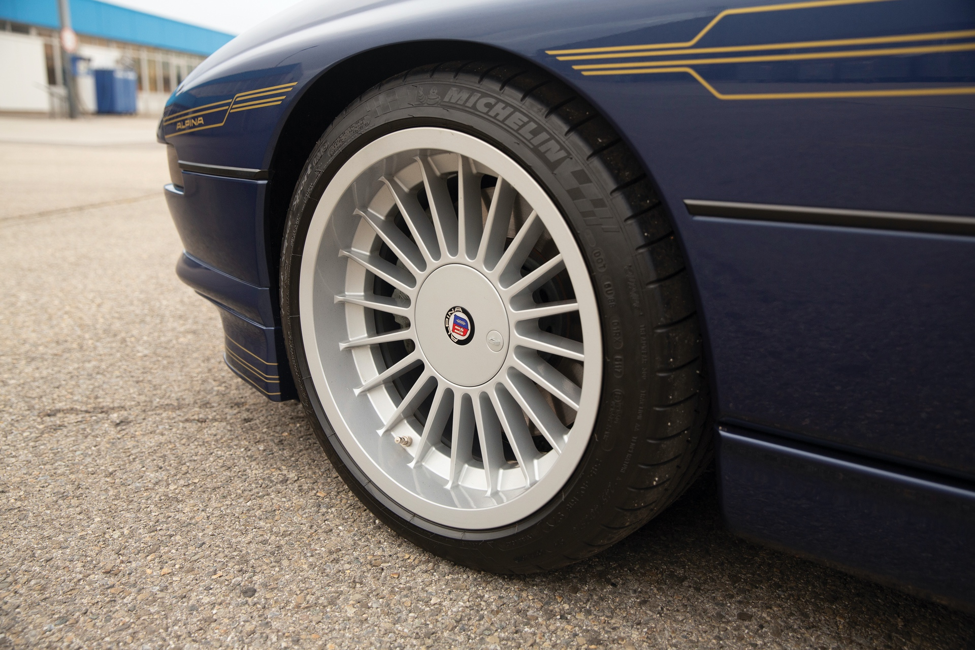 1993-BMW-Alpina-B12-5-7-Coupe-_23