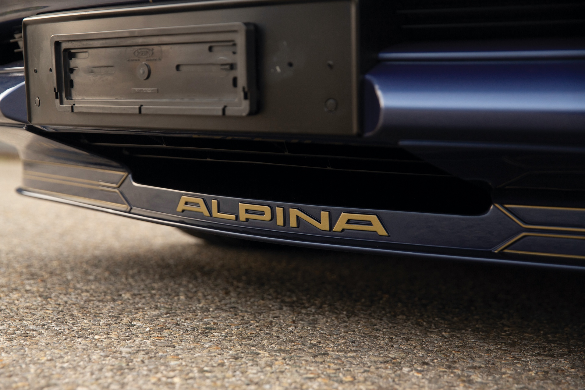 1993-BMW-Alpina-B12-5-7-Coupe-_28