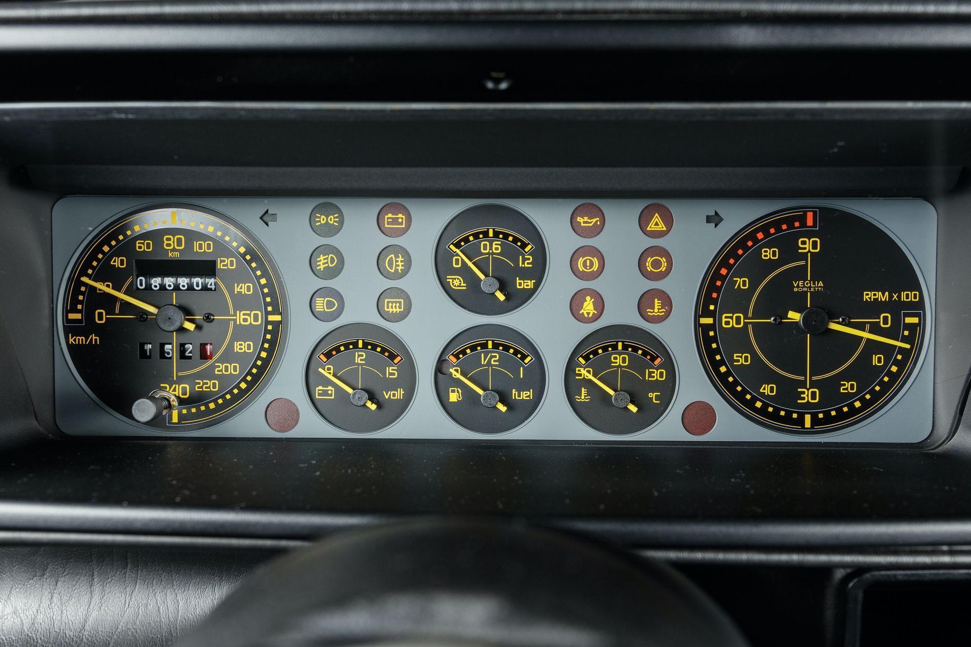1993-Lancia-Delta-HF-Integrale-Evoluzione-II-_11