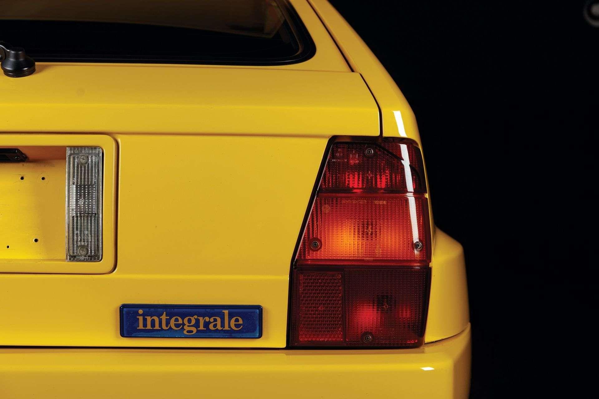 1993-Lancia-Delta-HF-Integrale-Evoluzione-II-_19