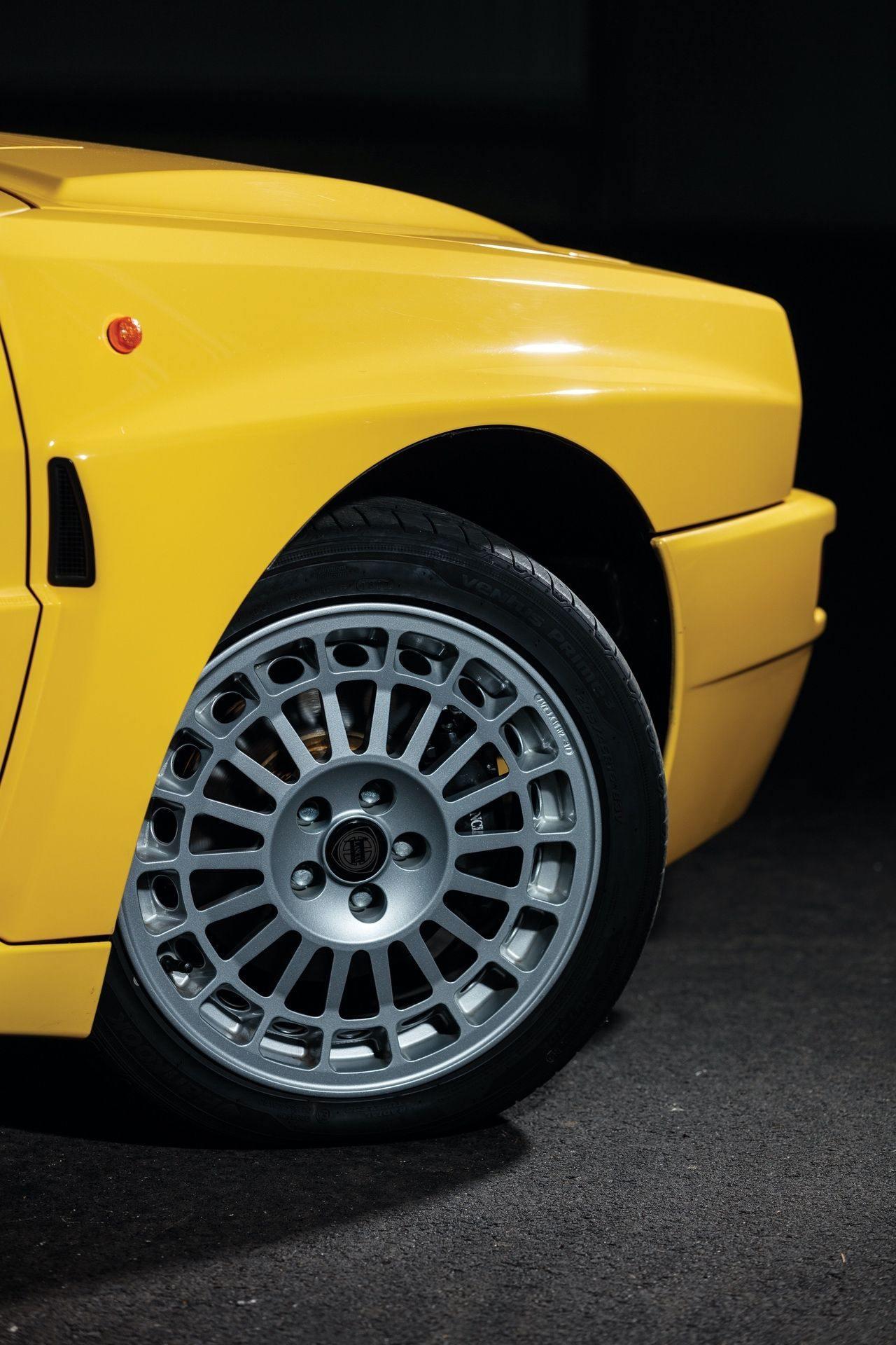 1993-Lancia-Delta-HF-Integrale-Evoluzione-II-_20
