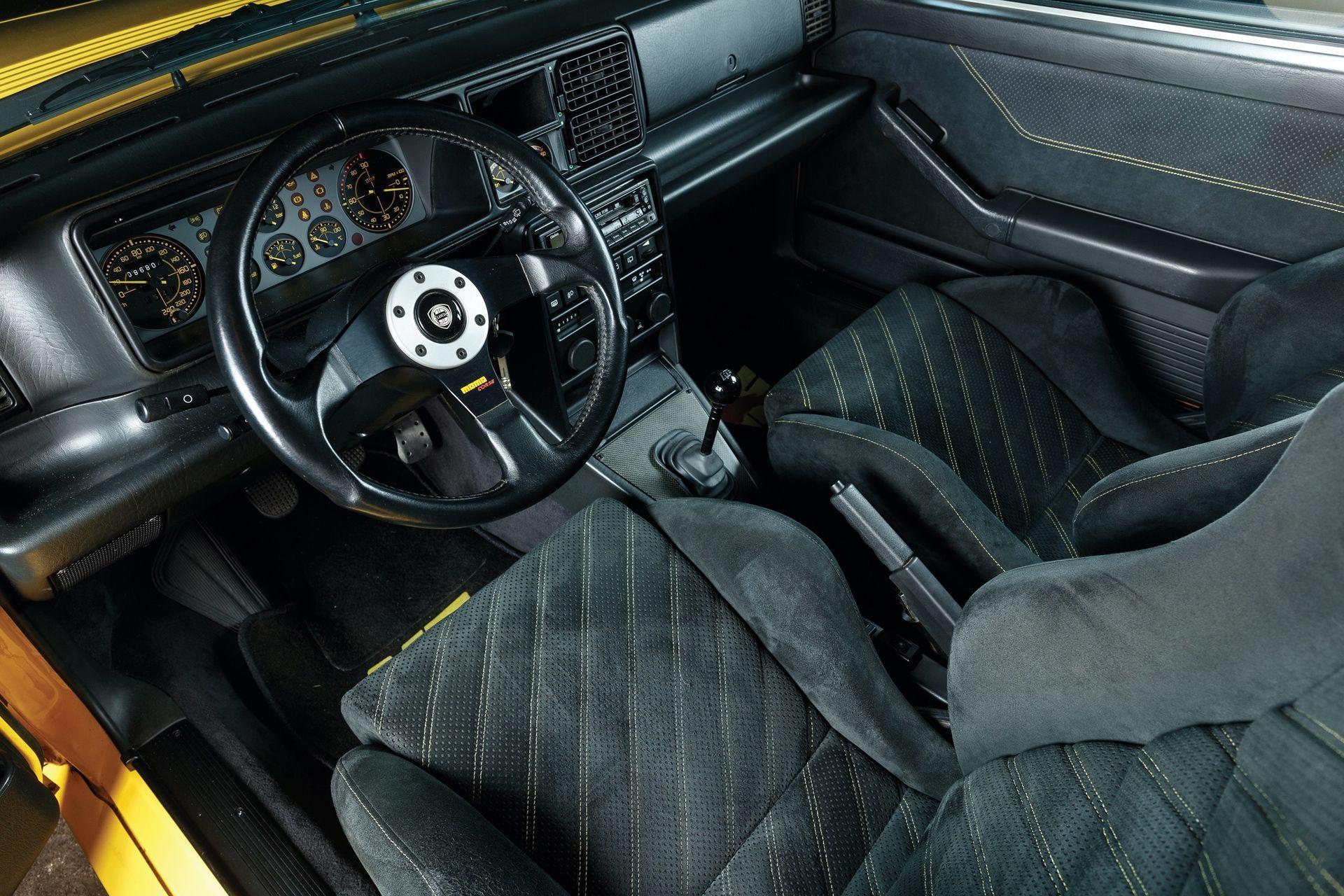 1993-Lancia-Delta-HF-Integrale-Evoluzione-II-_3