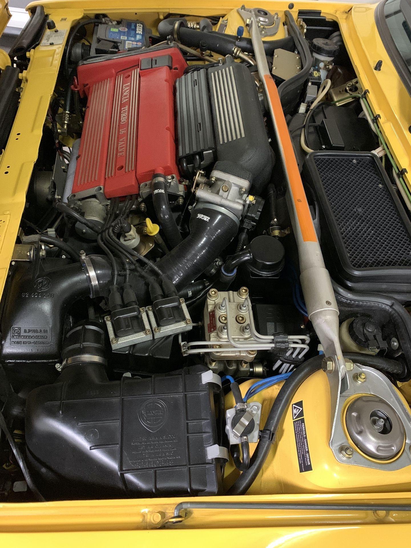 1993-Lancia-Delta-HF-Integrale-Evoluzione-II-_42
