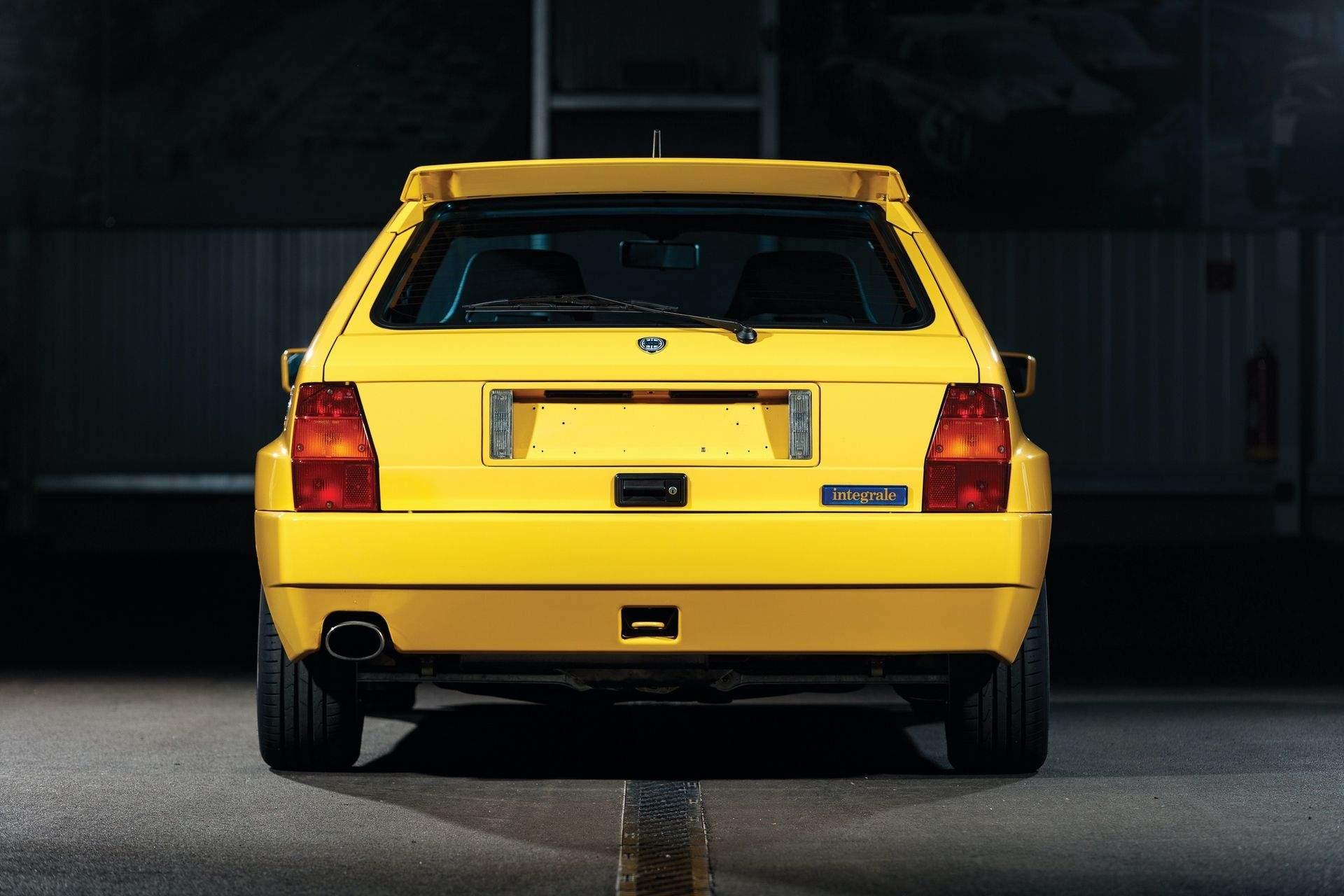 1993-Lancia-Delta-HF-Integrale-Evoluzione-II-_8