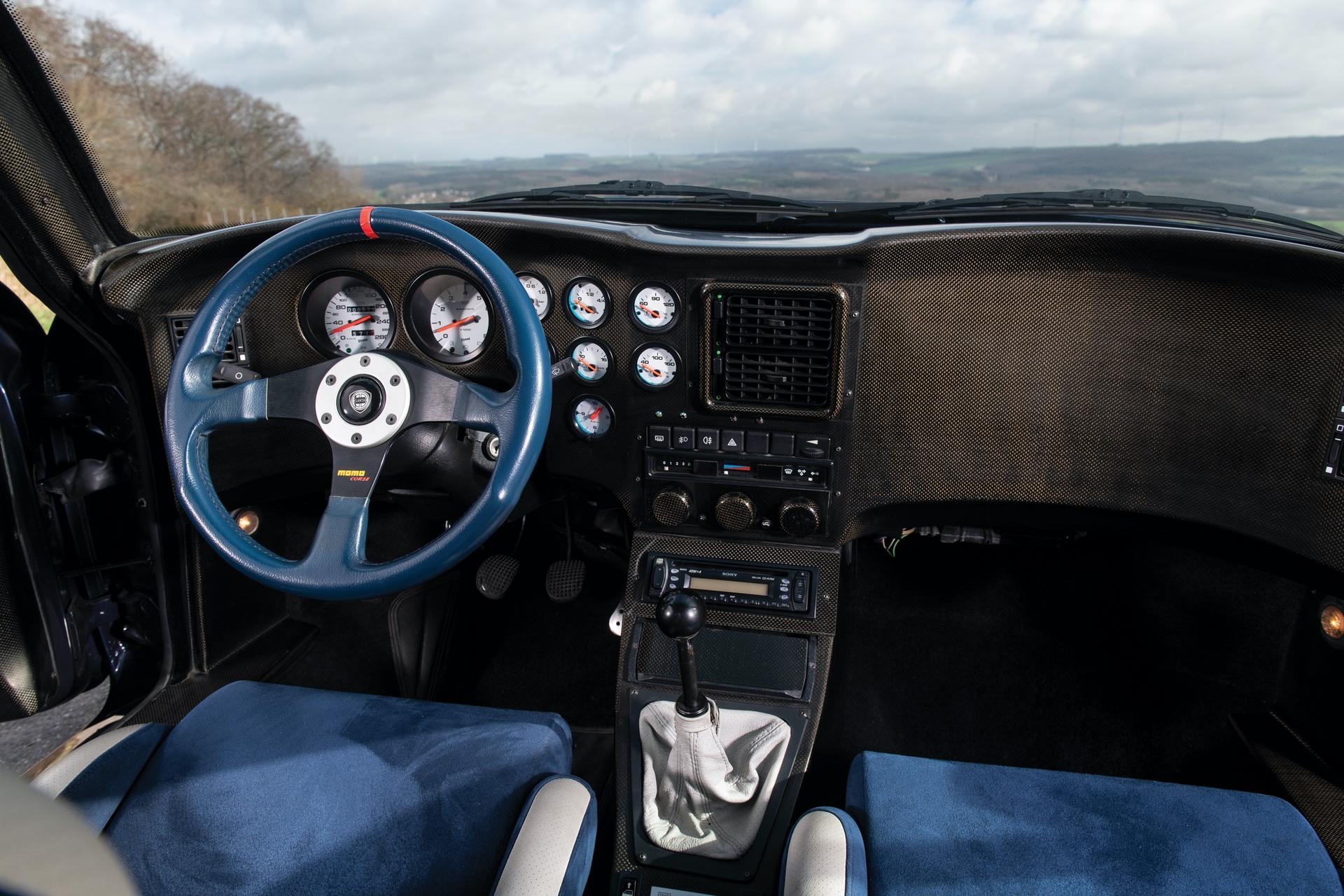 1993-Lancia-Hyena-Zagato_15