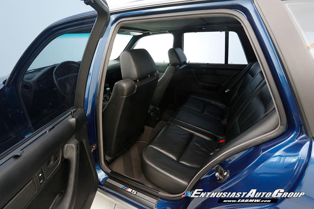 1994_BMW_M5_Touring_0017