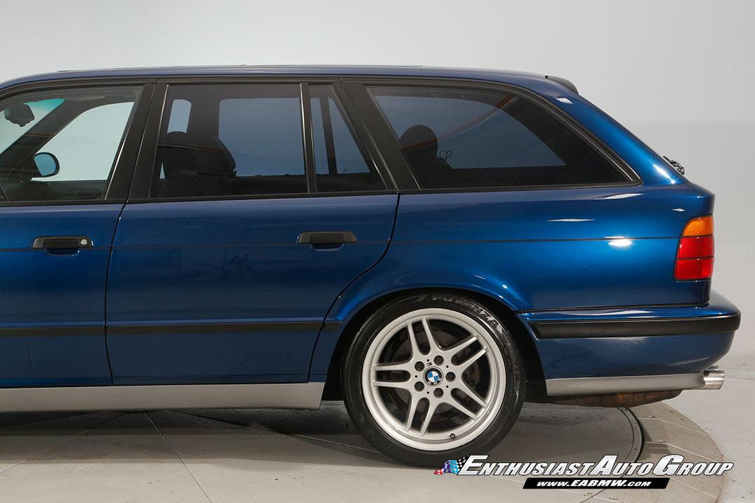 1994_BMW_M5_Touring_0024