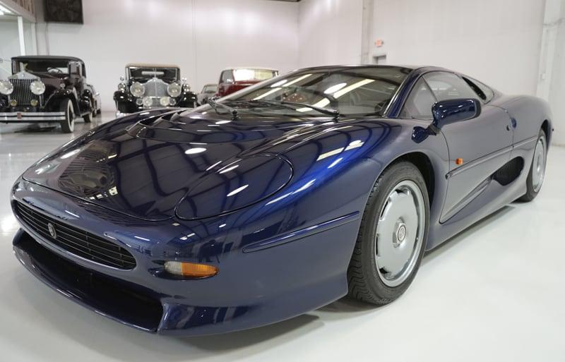 1994_Jaguar_XJ220_sale_0001