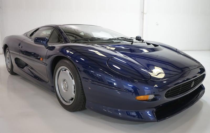 1994_Jaguar_XJ220_sale_0005