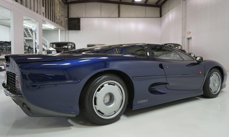 1994_Jaguar_XJ220_sale_0006