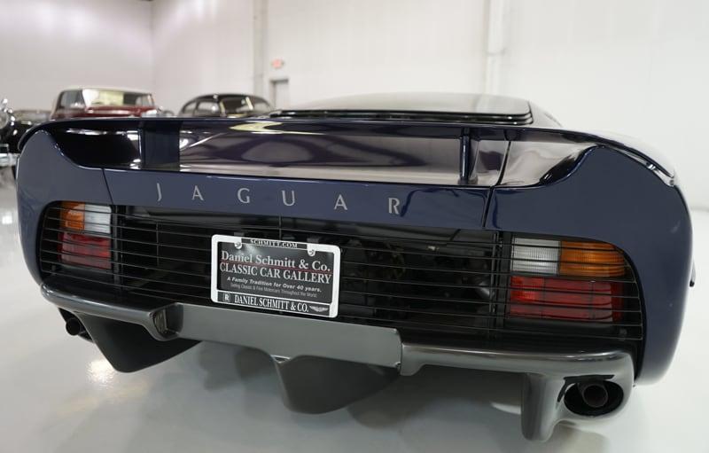 1994_Jaguar_XJ220_sale_0008