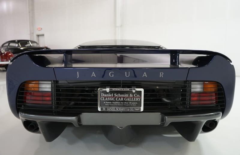 1994_Jaguar_XJ220_sale_0009