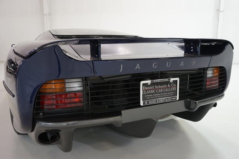1994_Jaguar_XJ220_sale_0010