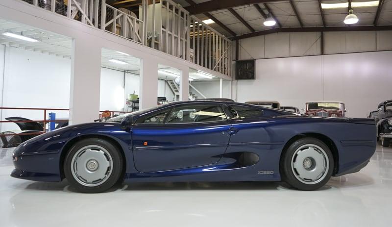 1994_Jaguar_XJ220_sale_0014