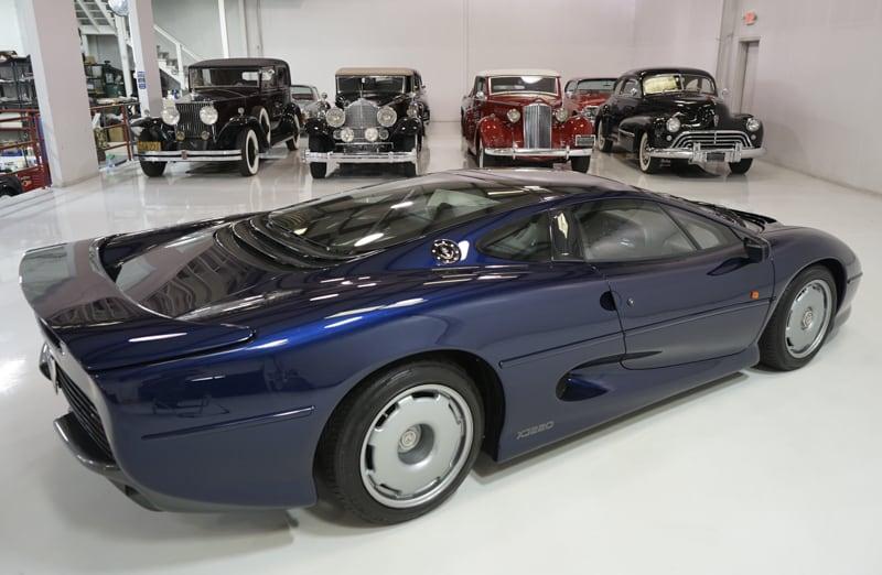 1994_Jaguar_XJ220_sale_0016