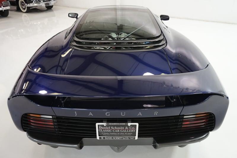 1994_Jaguar_XJ220_sale_0018